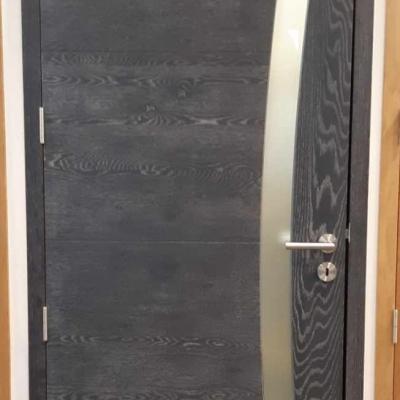 Porte Scirocco en chêne ardoise brossé avec vitrage dépoli