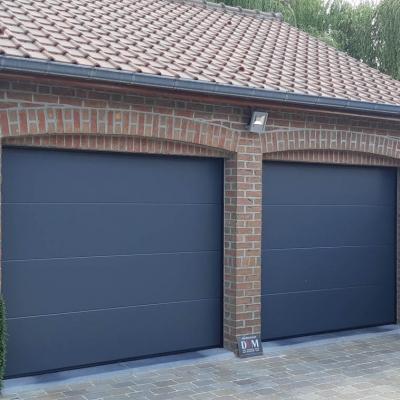 Porte de garage gris 7016