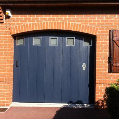 Porte sectionnelle MONORAINURE laquage bleu